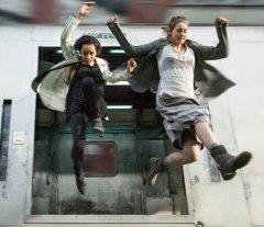 Divergent_Train